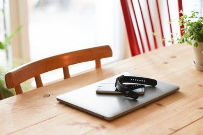 【理由】MacBook Pro/Airにケースは必要なのかいるのかいらないのか、つけるべきか