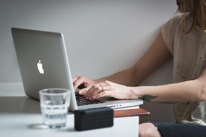 まとめ:MacBookを買おうか迷っている大学生に読んでほしい! MacBookのメリット・デメリット、使用してみた感想まとめ!