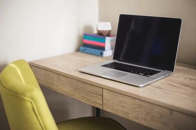 用途別のMacBookの選び方【Air/Pro、スペックなど】