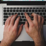 MacBookは充電しっぱなしにした方がバッテリーにいいは【真っ赤な嘘】『科学的根拠あり』