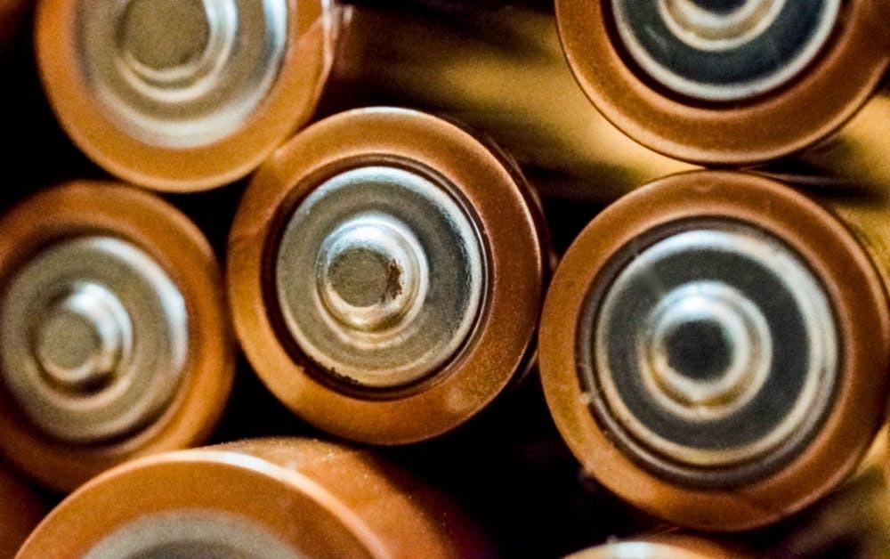 リチウムバッテリーを使用しているものを選ぶ
