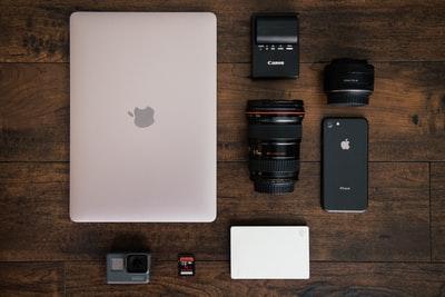 MacBook Pro13インチを60wのモバイルバッテリーで充電する方法