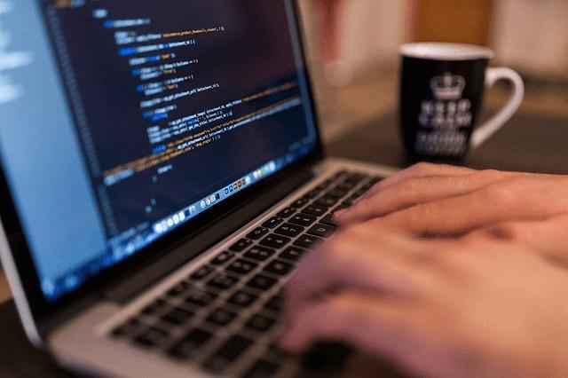 大学生がプログラミングを独学で学ぶ方法5選【実体験をもとに話します】