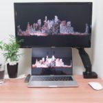 MacBook Proを買ったら最初に買うもの【おすすめのアクセサリー・周辺機器を紹介】